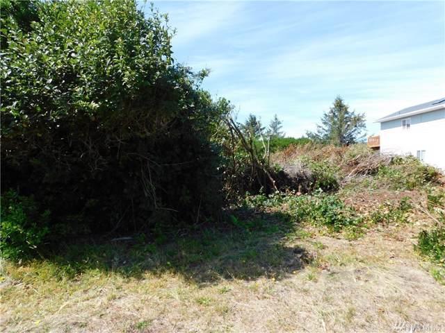 403 Ocean Shores Blvd SW, Ocean Shores, WA 98569 (#1510233) :: Northwest Home Team Realty, LLC