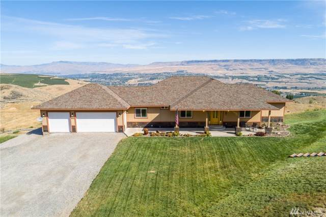 4690 Crown Lane, Malaga, WA 98828 (#1510377) :: Costello Team