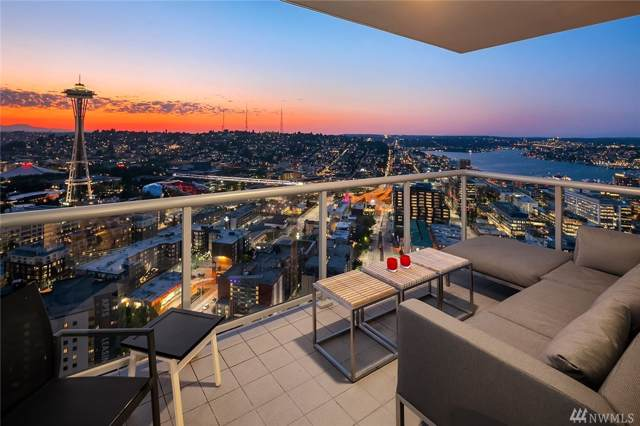 583 Battery St 3603N, Seattle, WA 98121 (#1510401) :: The Kendra Todd Group at Keller Williams