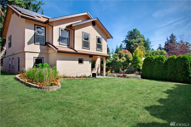 128 NE 125th St, Seattle, WA 98125 (#1511233) :: Liv Real Estate Group