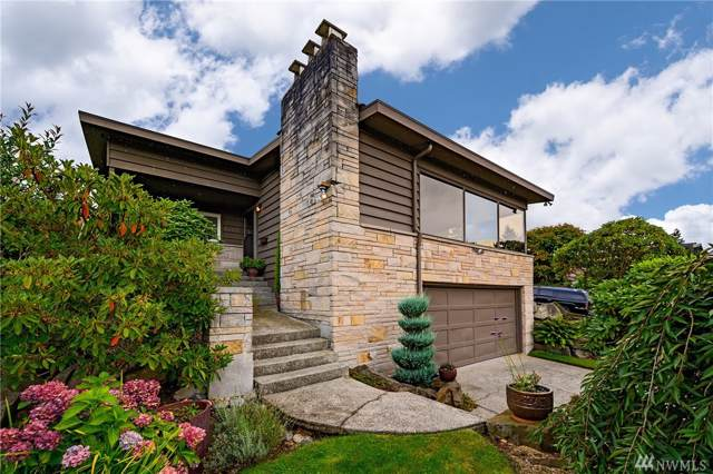 3200 44th Ave W, Seattle, WA 98199 (#1511593) :: Center Point Realty LLC