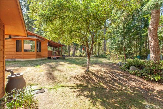 816 Arbor Dr, Coupeville, WA 98239 (#1511632) :: Northern Key Team