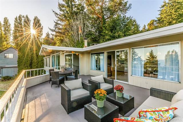17201 Sylvester Rd SW, Normandy Park, WA 98166 (#1512077) :: Northern Key Team