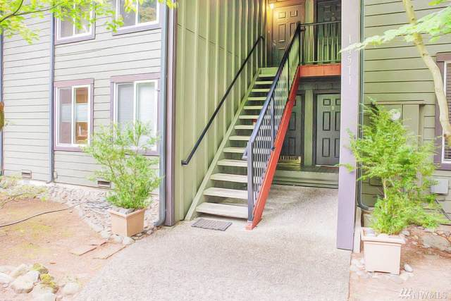 14511 NE 30th Place 21A, Bellevue, WA 98007 (#1514146) :: Record Real Estate