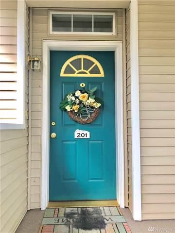 7031 196 St SW B201, Lynnwood, WA 98036 (#1514431) :: Alchemy Real Estate