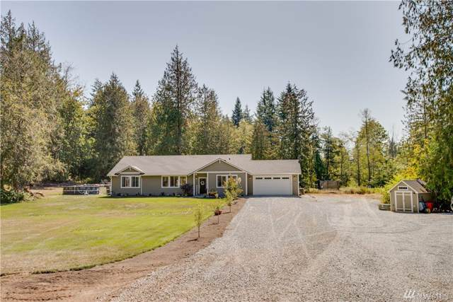 8332 198th St NW, Stanwood, WA 98292 (#1514799) :: Ben Kinney Real Estate Team