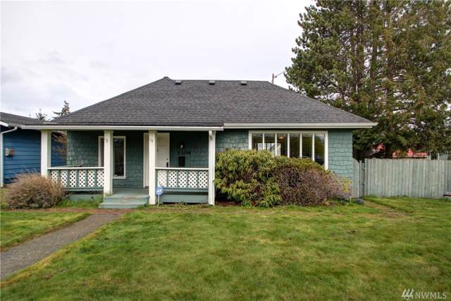 1104 19th Street, Anacortes, WA 98221 (#1516031) :: The Kendra Todd Group at Keller Williams