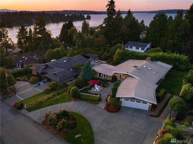 9024 NE 37th Place, Yarrow Point, WA 98004 (#1516049) :: Liv Real Estate Group