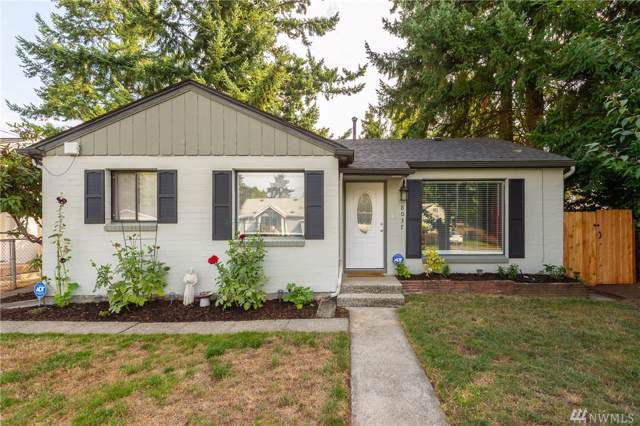 8037 E B St, Tacoma, WA 98404 (#1516082) :: Keller Williams Realty
