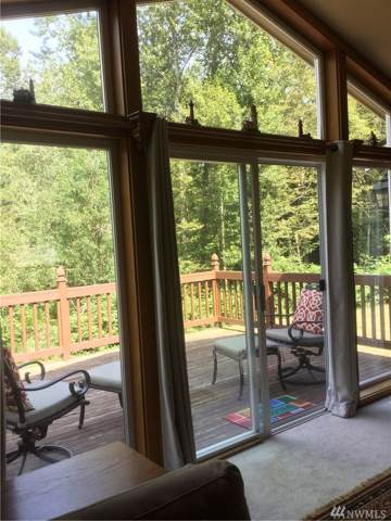 18820 52nd Ave NW, Stanwood, WA 98292 (#1516553) :: Ben Kinney Real Estate Team