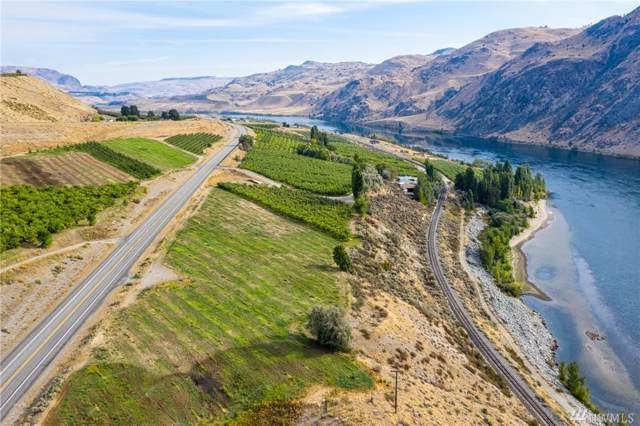 355 Hwy 97, Chelan, WA 98816 (#1516599) :: The Kendra Todd Group at Keller Williams