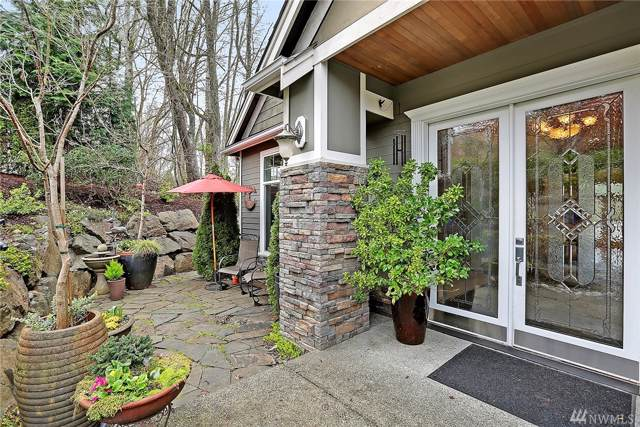 11002 NE 104th St, Kirkland, WA 98033 (#1516949) :: Liv Real Estate Group