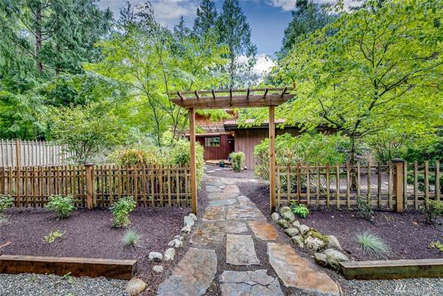11831 Olympic Terrace Ave NE, Bainbridge Island, WA 98110 (#1517189) :: The Kendra Todd Group at Keller Williams