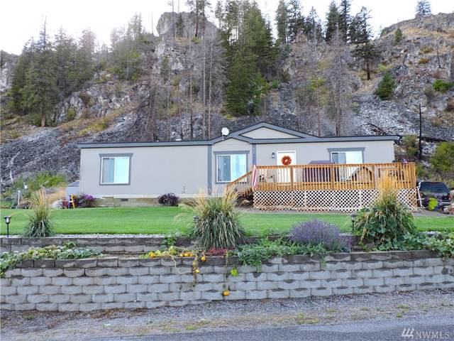 54 Golf Course Dr, Pateros, WA 98846 (#1517252) :: Keller Williams Western Realty