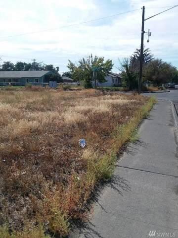 1024 Arlington Dr, Moses Lake, WA 98837 (MLS #1517356) :: Nick McLean Real Estate Group