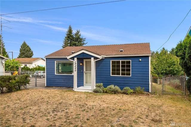 10220 9th Ave SW, Seattle, WA 98146 (#1517554) :: The Kendra Todd Group at Keller Williams