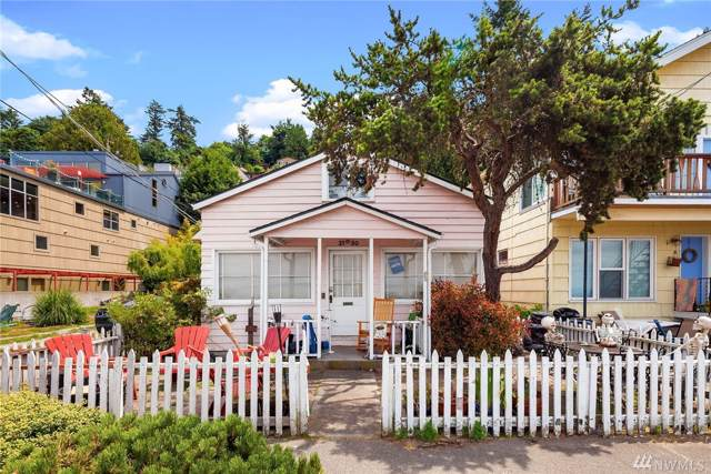 2130 Alki Ave SW, Seattle, WA 98116 (#1517613) :: The Kendra Todd Group at Keller Williams