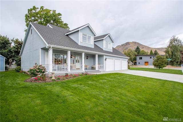 1613 Washington, Wenatchee, WA 98801 (#1518043) :: Capstone Ventures Inc
