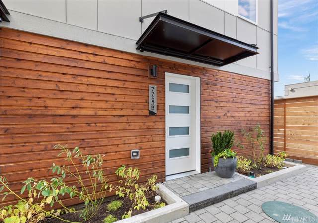 7753-B 15th Ave NW, Seattle, WA 98117 (#1518116) :: Real Estate Solutions Group