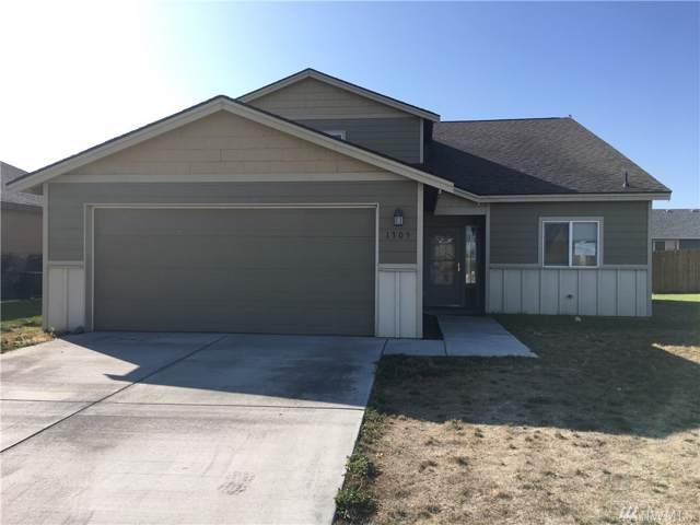 1305 W Century St, Moses Lake, WA 98837 (MLS #1518526) :: Nick McLean Real Estate Group