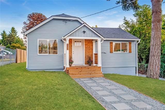 651 SW 120th St, Seattle, WA 98146 (#1518880) :: McAuley Homes