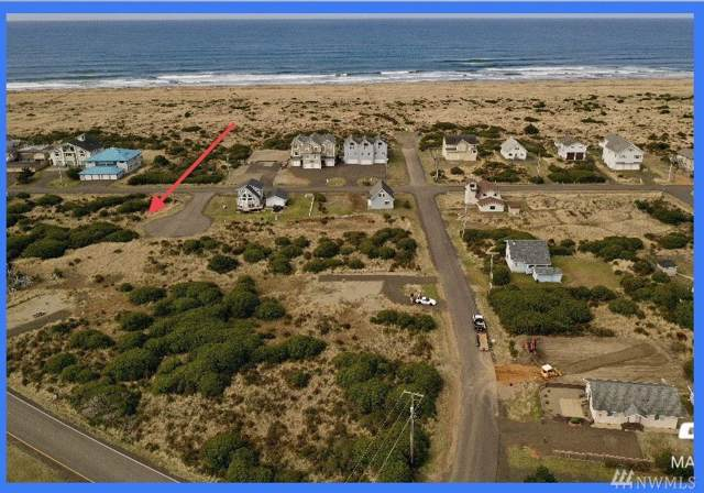 1024 S Sand Dune Ave SW, Ocean Shores, WA 98569 (#1518915) :: The Kendra Todd Group at Keller Williams