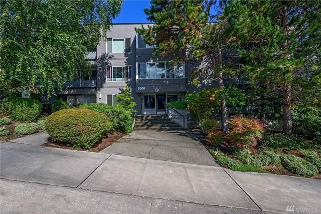 2000 W Barrett St #202, Seattle, WA 98199 (#1518953) :: Capstone Ventures Inc