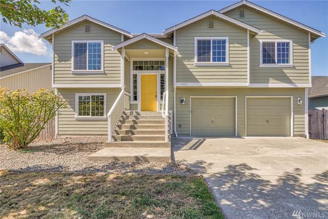 10801 Umtanum St SE, Yelm, WA 98597 (#1518961) :: Pickett Street Properties