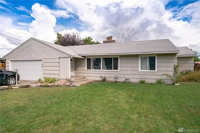 612 Locust St, Omak, WA 98841 (MLS #1518984) :: Nick McLean Real Estate Group