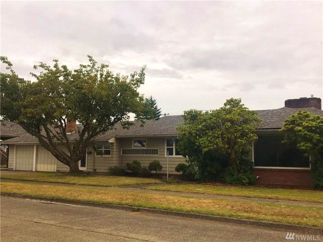 418 W 3rd St, Centralia, WA 98531 (#1519075) :: Ben Kinney Real Estate Team