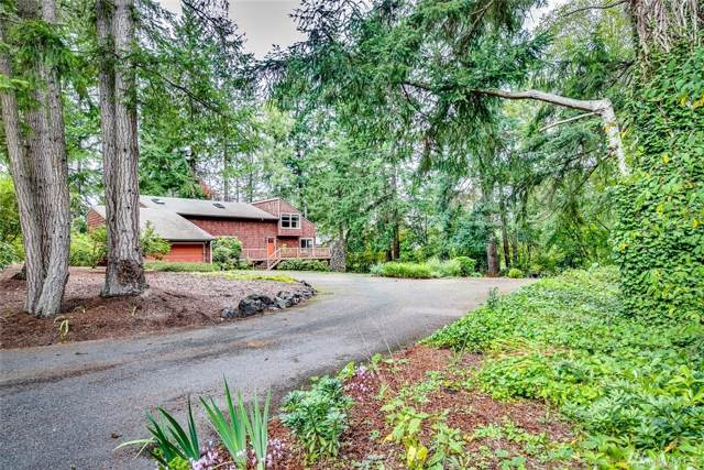 7480 NE Bay Hill Rd NE, Bainbridge Island, WA 98110 (#1519381) :: The Kendra Todd Group at Keller Williams