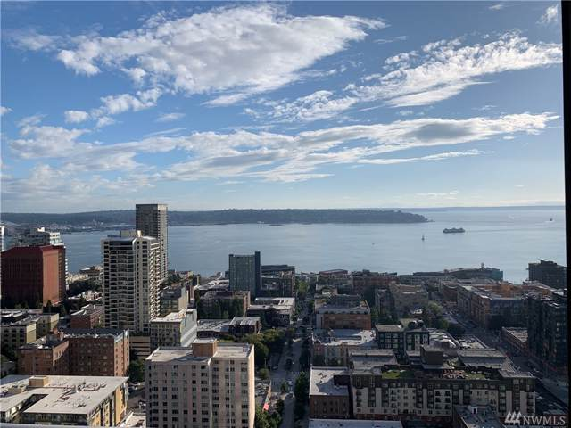 588 Bell St #3105, Seattle, WA 98121 (#1519490) :: Ben Kinney Real Estate Team