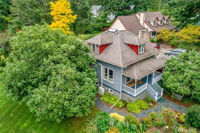 317 Cave Ave NE, Bainbridge Island, WA 98110 (#1519743) :: The Kendra Todd Group at Keller Williams