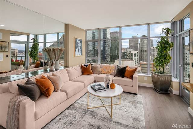 588 Bell St #2405, Seattle, WA 98121 (#1519768) :: Real Estate Solutions Group