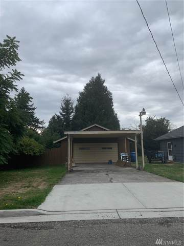 1214 12th Ave NW, Puyallup, WA 98371 (#1519973) :: Pickett Street Properties