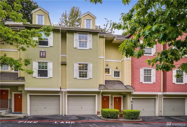 1800 NE 40th St H4, Renton, WA 98056 (#1520199) :: Icon Real Estate Group