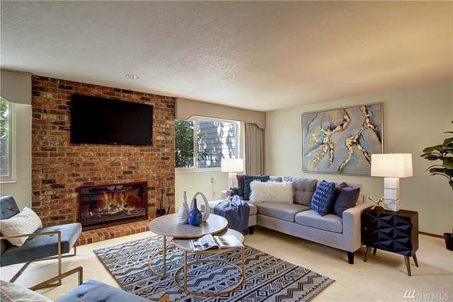 132 N 132nd #102, Seattle, WA 98133 (#1520223) :: Real Estate Solutions Group