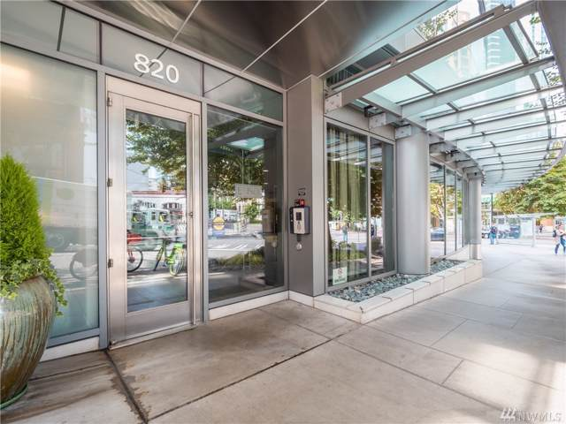 820 Blanchard #1009, Seattle, WA 98121 (#1520471) :: Real Estate Solutions Group