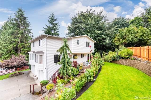4415 Grand Av Ct B, Everett, WA 98203 (#1520525) :: Keller Williams - Shook Home Group