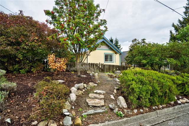 1308 18th St, Anacortes, WA 98221 (#1520627) :: Northern Key Team