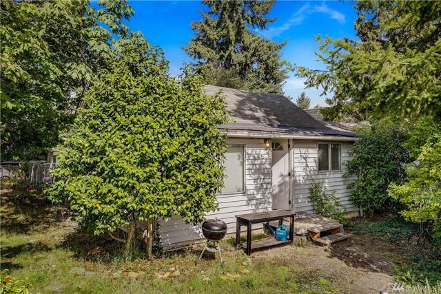 902 N 104th St, Seattle, WA 98133 (#1521654) :: Northern Key Team