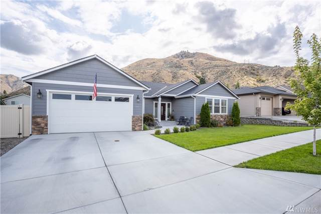 544 Circle St, Wenatchee, WA 98801 (#1521684) :: Capstone Ventures Inc