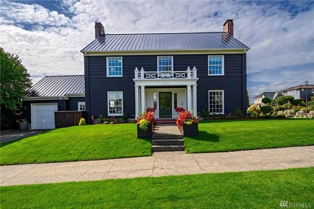 1515 28th Ave W, Seattle, WA 98199 (#1521988) :: Liv Real Estate Group