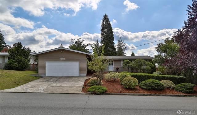 14211 SE 22nd St, Bellevue, WA 98007 (#1522129) :: Keller Williams Western Realty