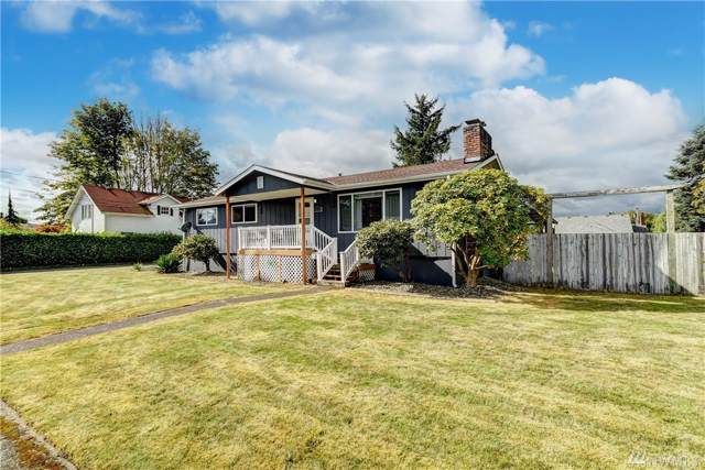 1814 Pioneer St, Enumclaw, WA 98022 (#1522737) :: Chris Cross Real Estate Group