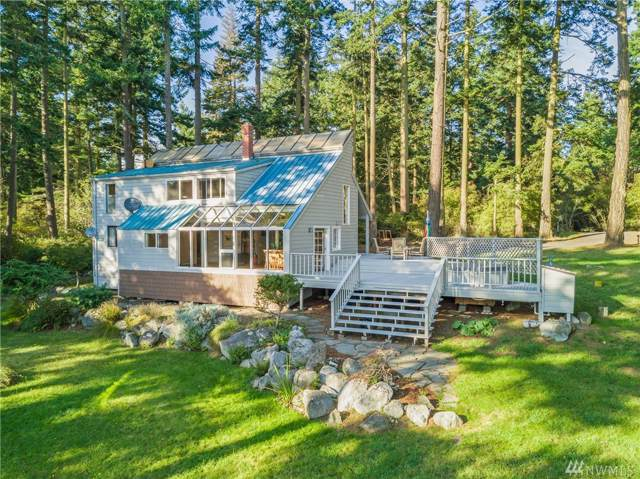4572 Cattle Point Rd, San Juan Island, WA 98250 (#1522963) :: Costello Team