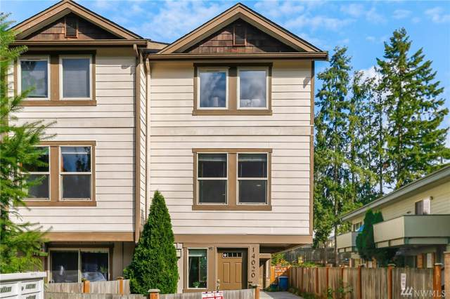 14020 32nd Ave NE A, Seattle, WA 98125 (#1523440) :: Keller Williams Realty