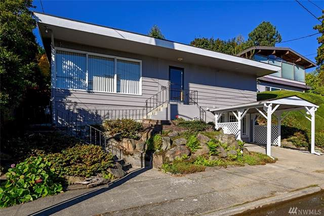 3017 23rd Ave W, Seattle, WA 98199 (MLS #1524099) :: Lucido Global Portland Vancouver