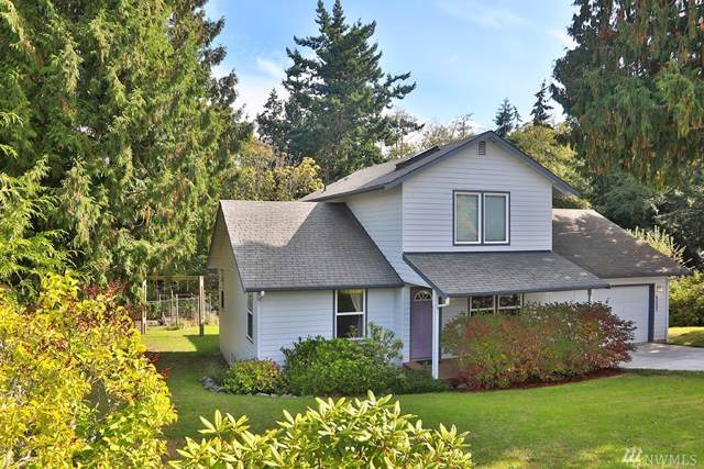 6057 White Deer Lane, Freeland, WA 98249 (#1524480) :: Canterwood Real Estate Team