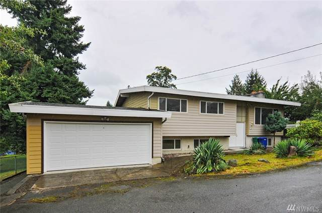 16215 49th Ave S, Tukwila, WA 98188 (#1524574) :: Alchemy Real Estate